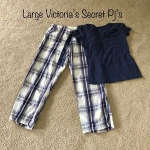 Large Victoria's Secret Pajama Set